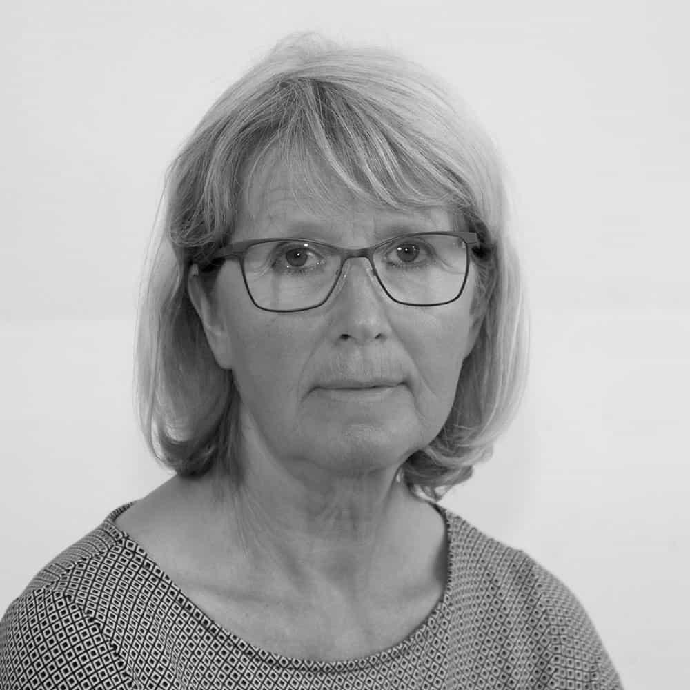 ANNA KIRSCH